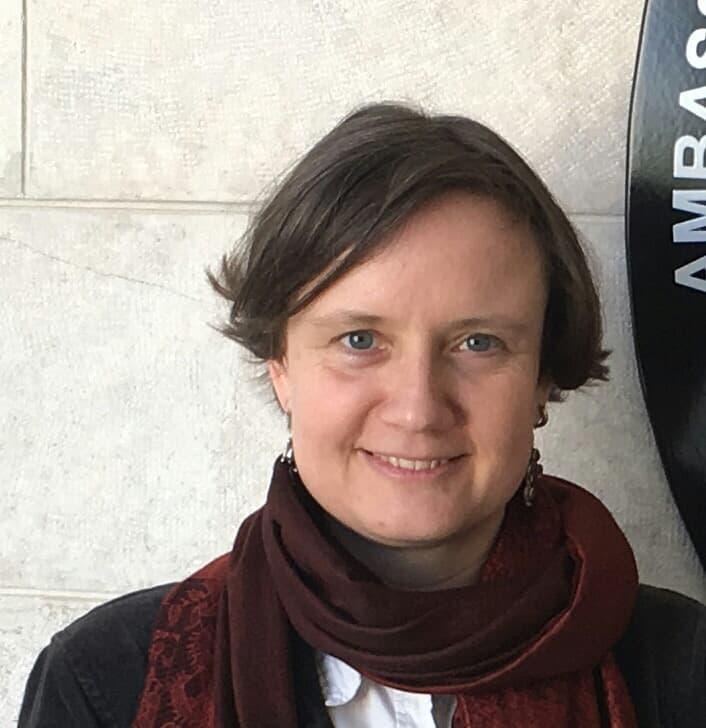 Dr. Katrien Hertog`